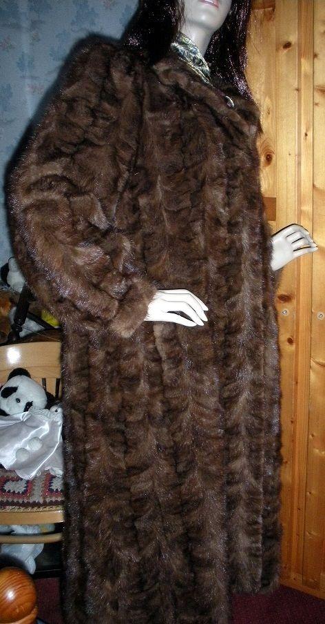 superbe manteau fourrure vison  200 Croix (59)