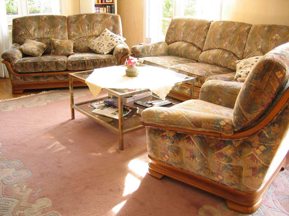 canap s velour occasion dans la loire 42 annonces achat et vente de canap s velour. Black Bedroom Furniture Sets. Home Design Ideas