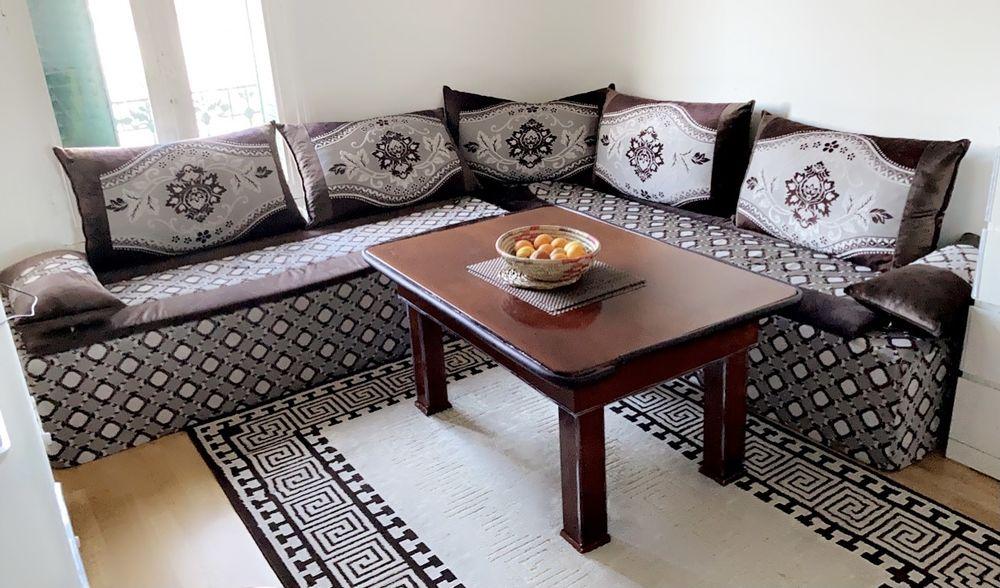 Superbe salon marocain avec tapis et table offerts 300 Deuil-la-Barre (95)