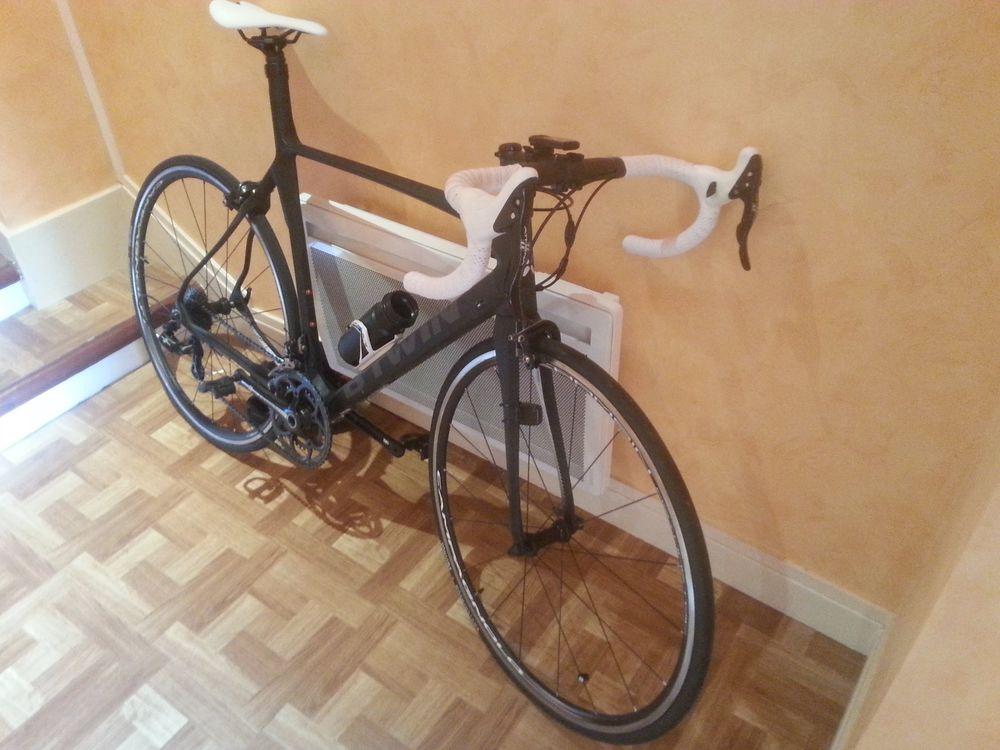 Superbe vélo de route 750 Villeurbanne (69)
