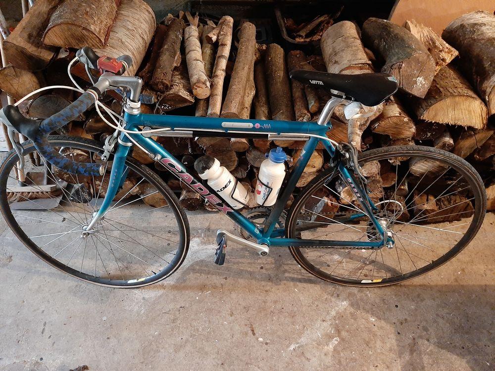 Superbe vélo  250 Saint-Paul (60)