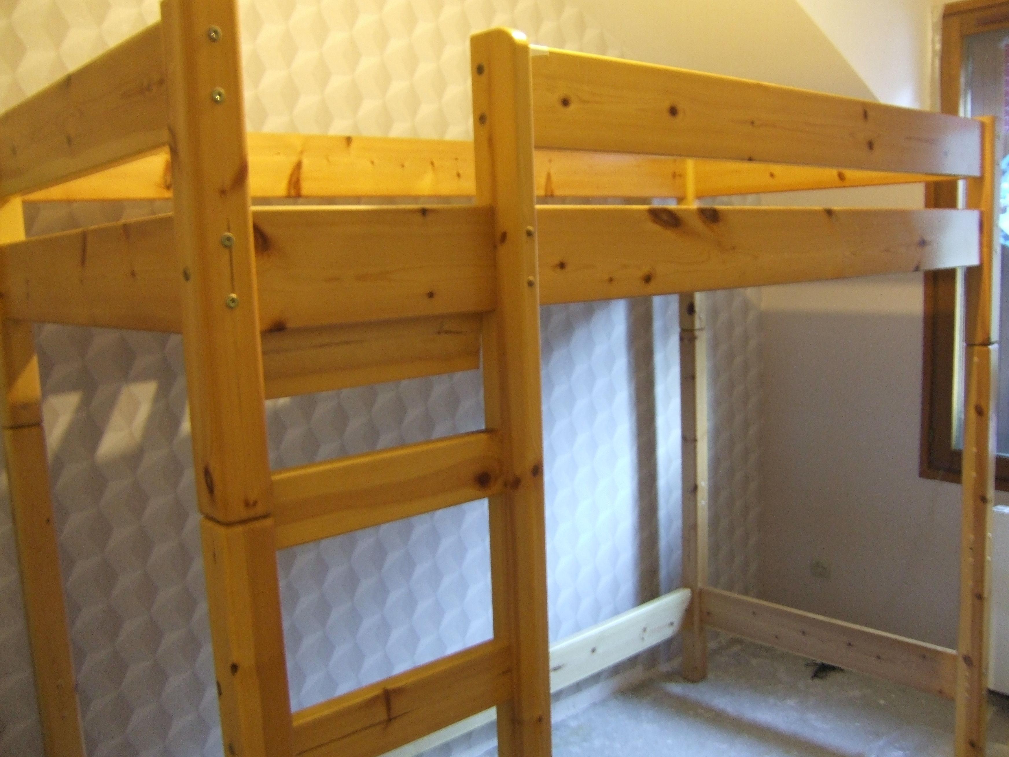 lits mezzanine occasion en rh ne alpes annonces achat et vente de lits mezzanine paruvendu. Black Bedroom Furniture Sets. Home Design Ideas