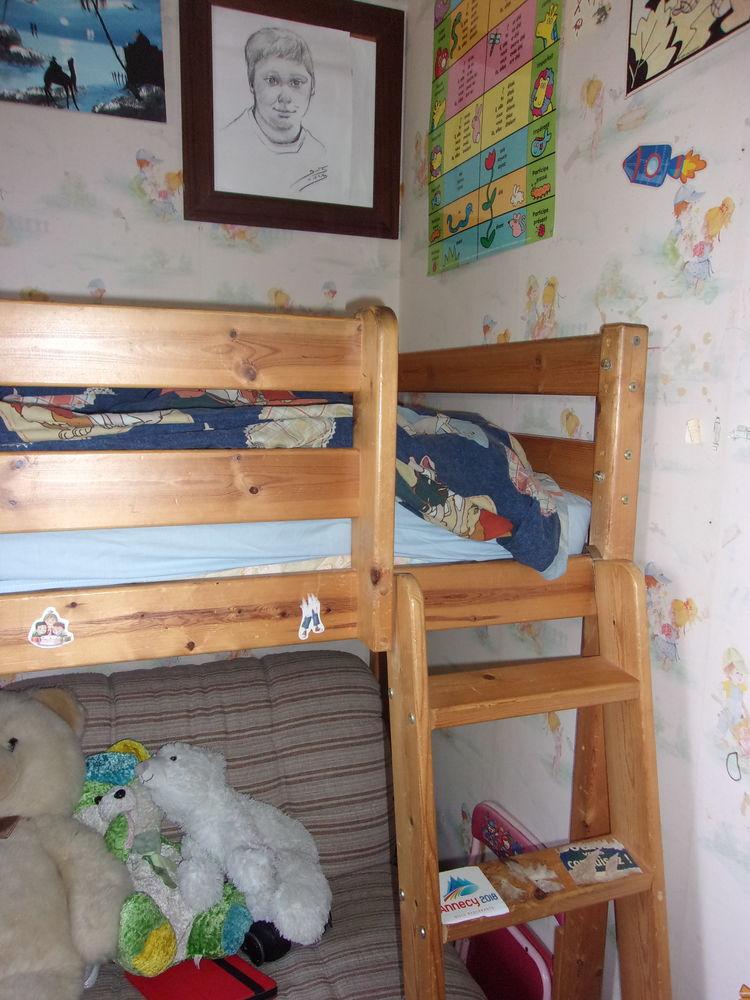 lit surélevé avec échelle 90 Villars-les-Dombes (01)