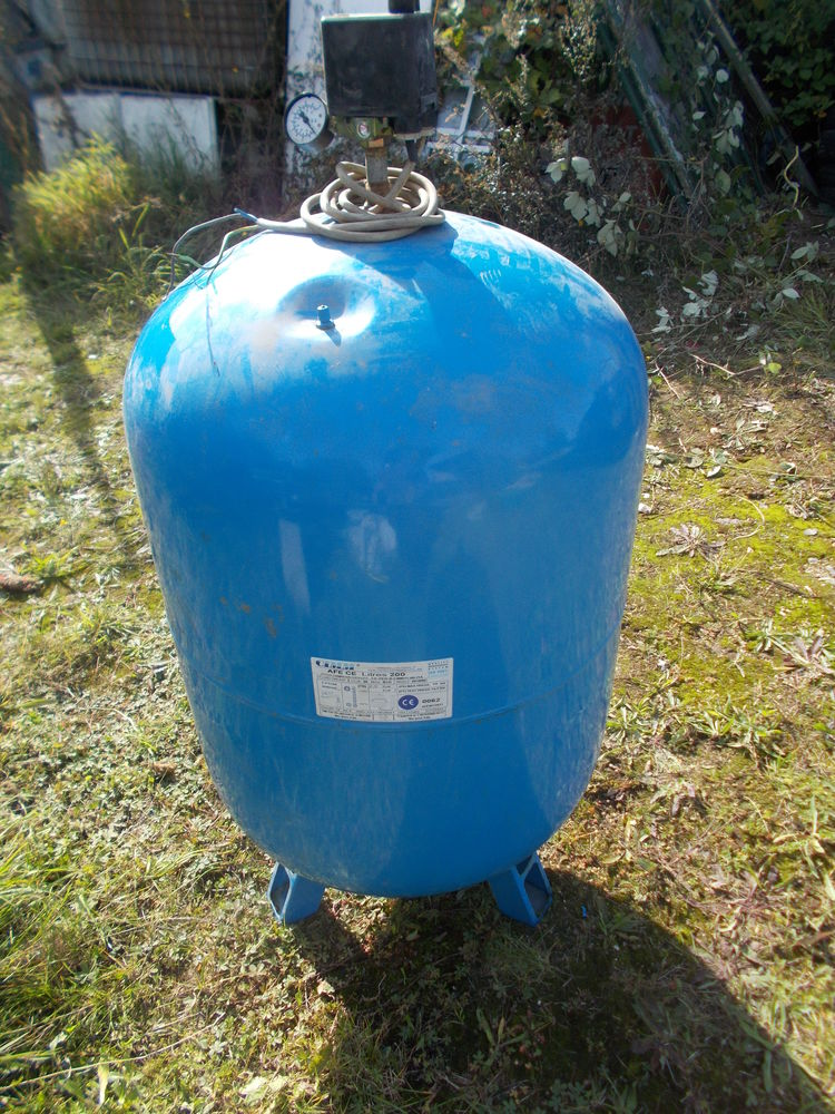 surpresseur 200 litres de marque CIMM faire  prix  156 Saran (45)