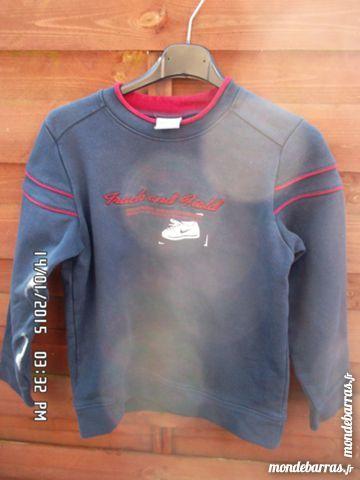 sweat bleu marine t.8/10 ans 2 Chambly (60)
