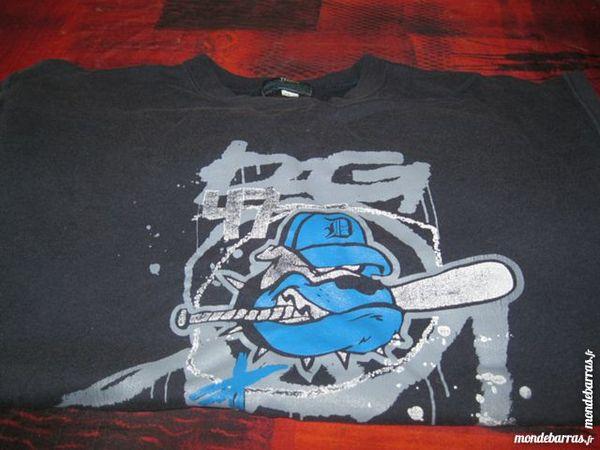 Sweat bleu marine 2 Montoir-de-Bretagne (44)