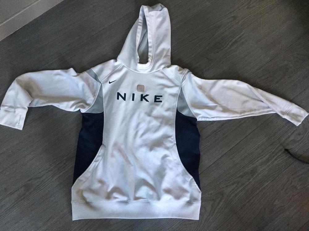 Sweat à capuche Nike XL 22 Villeurbanne (69)