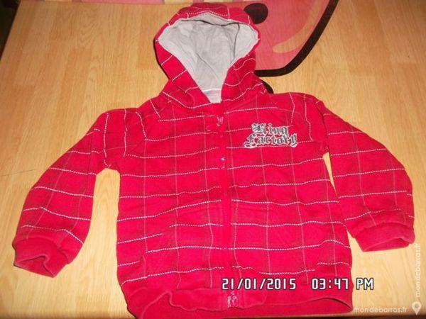 sweat à capuche rouge t.23 m*juste 1e*kiki60230 1 Chambly (60)