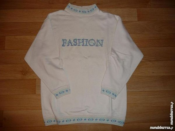 Sweat shirt ivoire brodé taille 36-38 10 Montigny-le-Bretonneux (78)