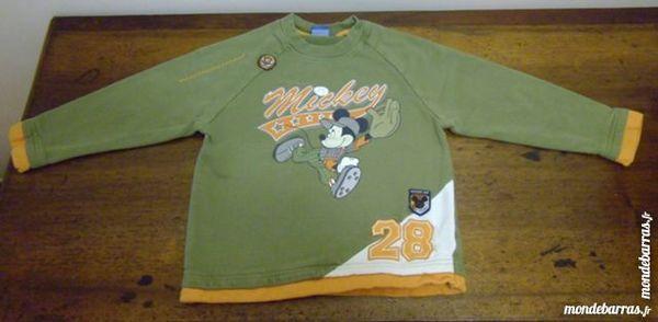 Sweat shirt Mickey de Disney 6 ans 4 Reims (51)
