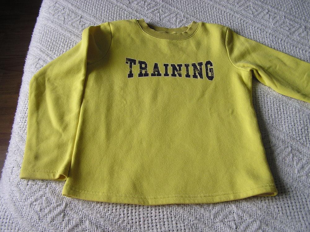 Sweat, taille 8 ans, marque Domyos Vêtements enfants