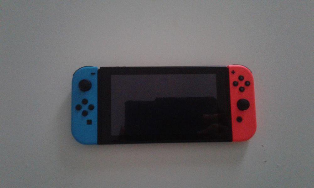Switch ( Original ) à 300 € 300 Strasbourg (67)