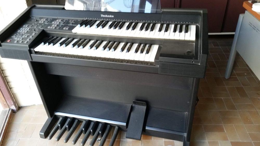 Synthétiseur piano 125 Saint-Quentin (02)