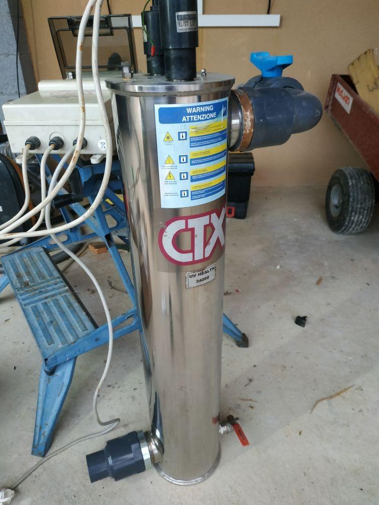 système de traitement UV pour piscine ou bassin de carpe koï 390 Saint-Amand-de-Coly (24)