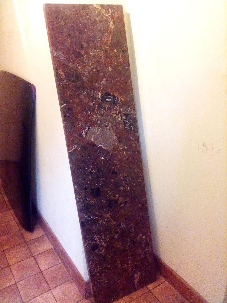 Table acier et plaque de marbre 50 Astaffort (47)