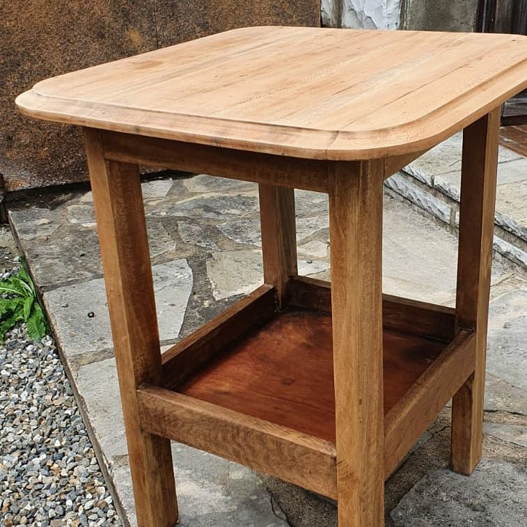 TABLE D'APPOINT,  en bois natureL