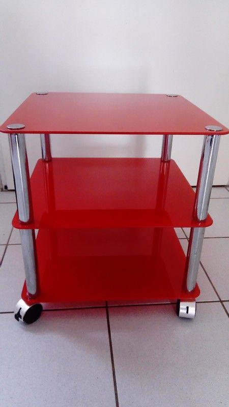 Table d'appoint en verre rouge Conforama 5 La Rochelle (17)