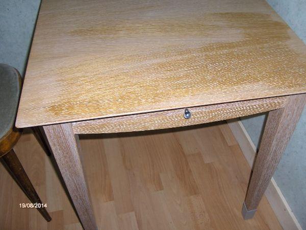 TABLE D APPOINT 90 Romillé (35)