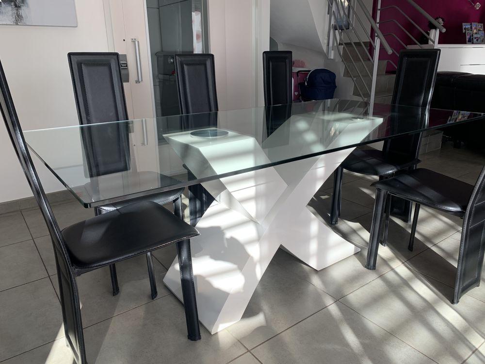 table avec pied en forme de X et plateau en verre trempé 300 Septèmes-les-Vallons (13)