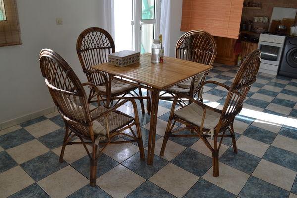 fauteuils rotin occasion la r union 97 annonces achat et vente de fauteuils rotin. Black Bedroom Furniture Sets. Home Design Ideas