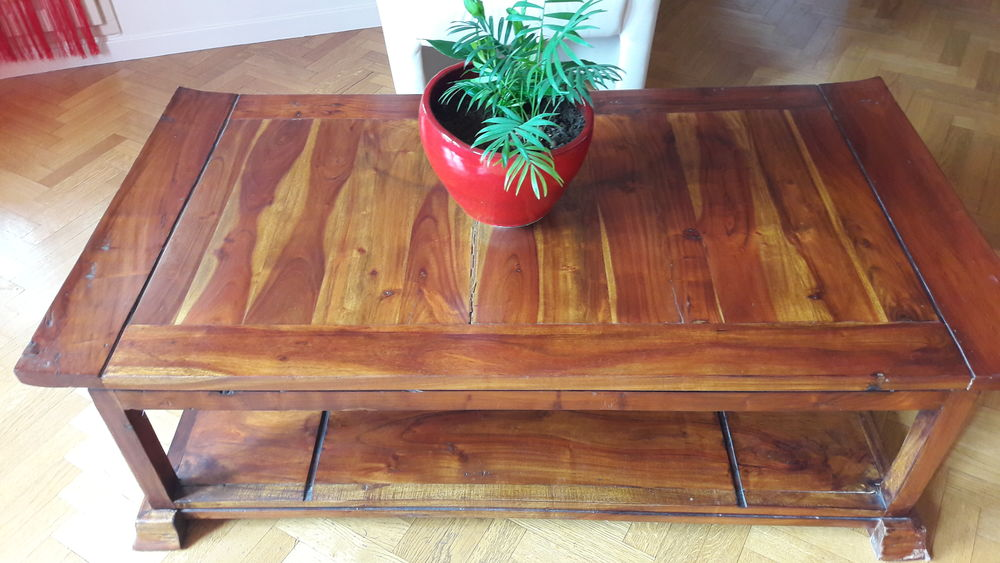 Table basse en acacia massif 45 Thiais (94)