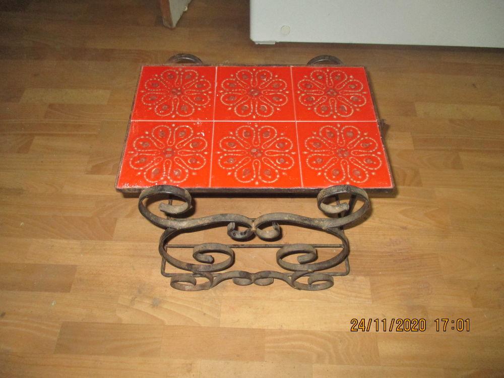 Table basse ancienne 15 Anglars (46)