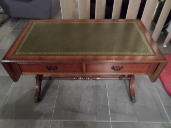 Table Basse Anglaise