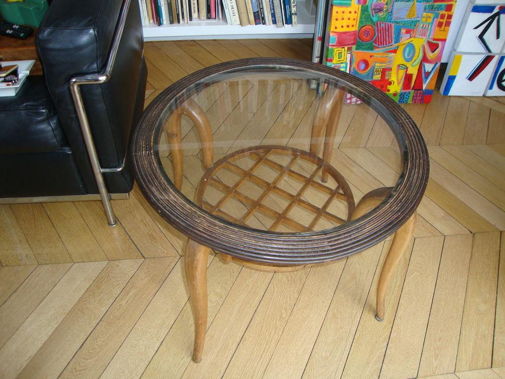 tables ronde occasion paris 75 annonces achat et vente de tables ronde paruvendu. Black Bedroom Furniture Sets. Home Design Ideas