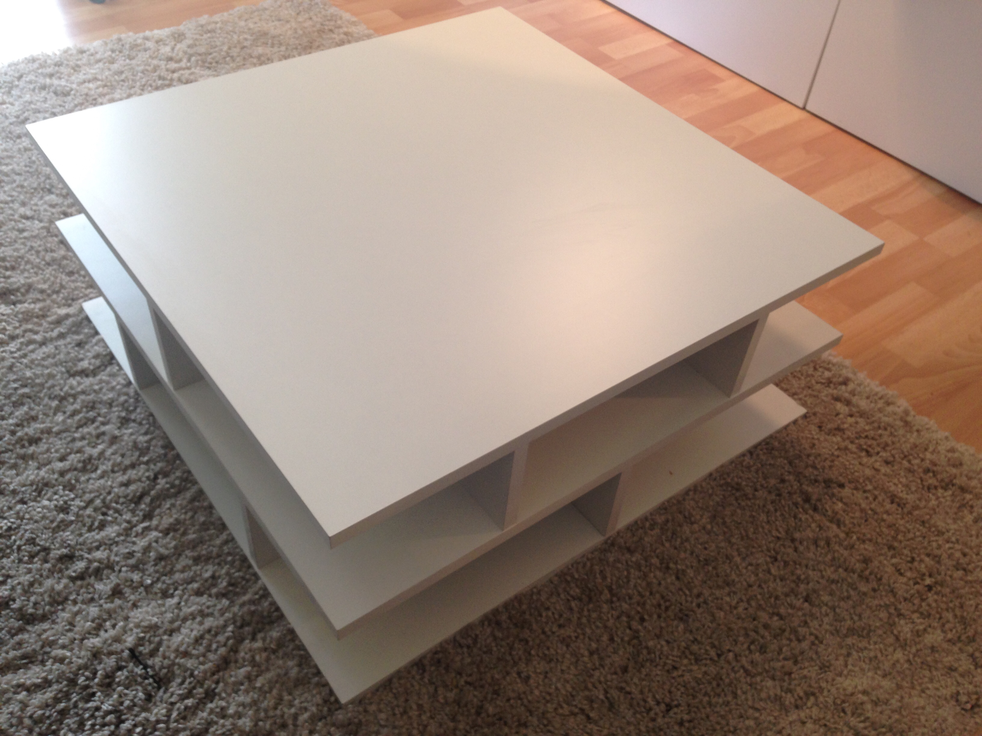 table basse blanche 40 Paris 14 (75)