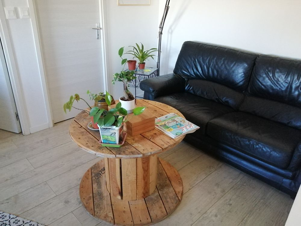 Table basse bobine en bois 25 Marseille 3 (13)