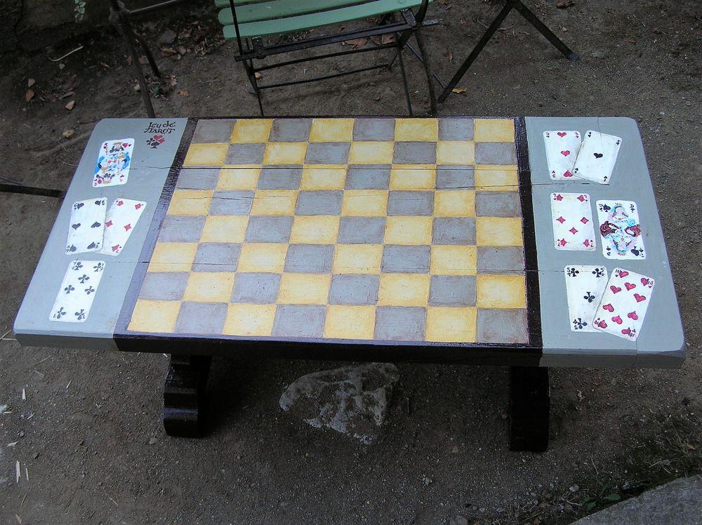 Table basse en bois massif et patine l 39 ancienne occasion - Table basse repeinte ...
