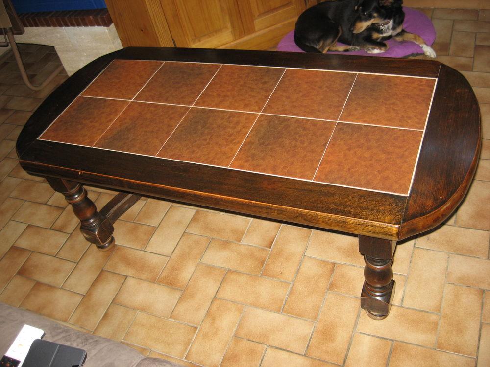 table basse en bois massif et carrelage 140 Chirens (38)
