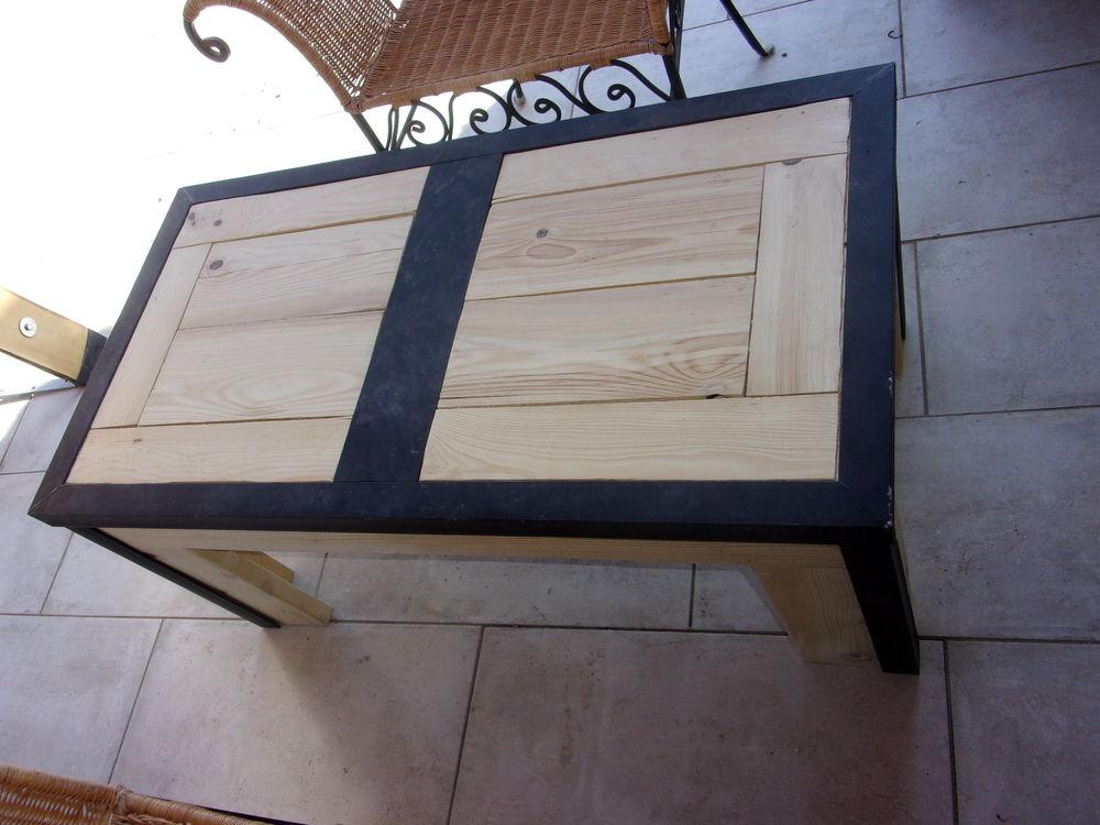 table basse bois massif ossature fer, style loft ou industri 100 Le Péage-de-Roussillon (38)