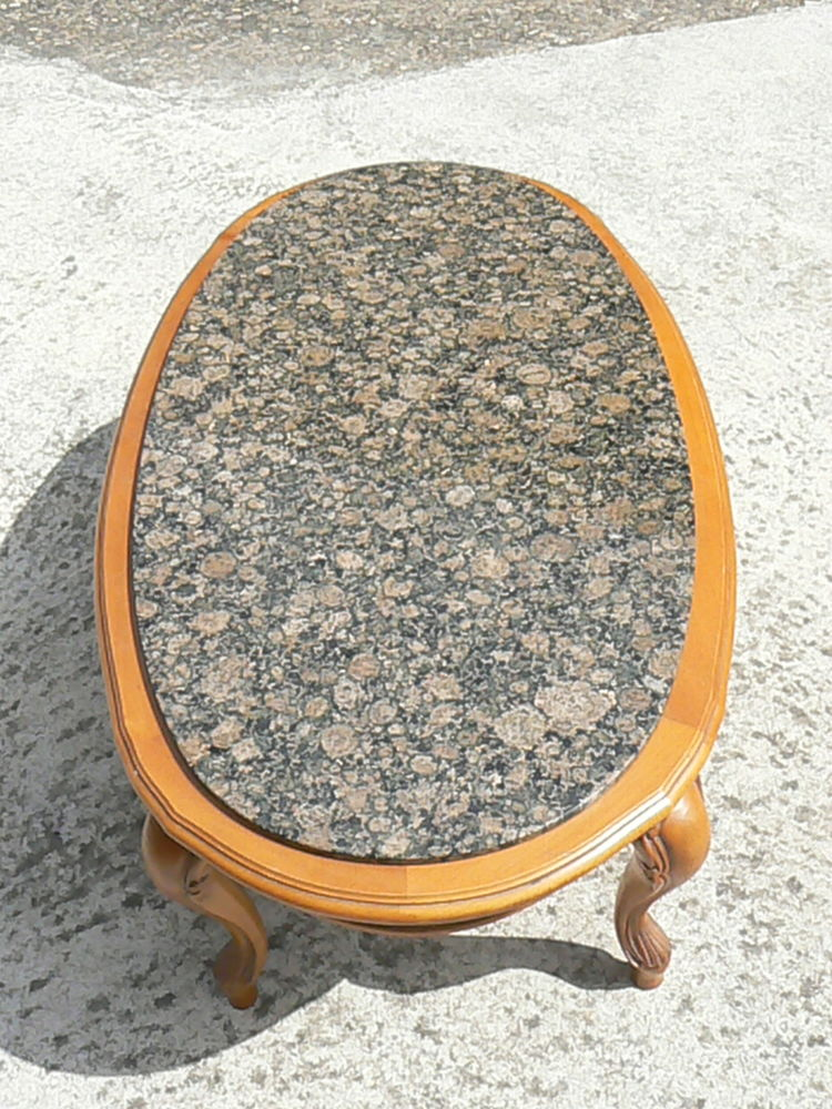 Table basse en bois avec plateau en granit non fixe 150 Ingwiller (67)