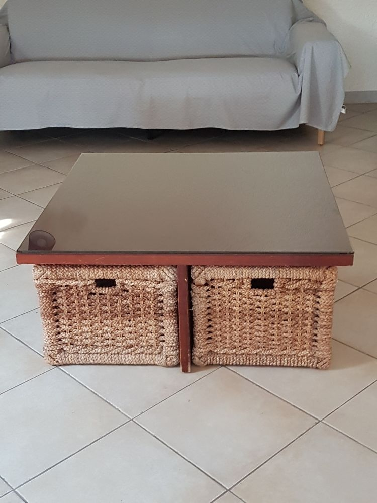 TABLE BASSE carrée avec poufs et paniers de rangement 50 Rocbaron (83)