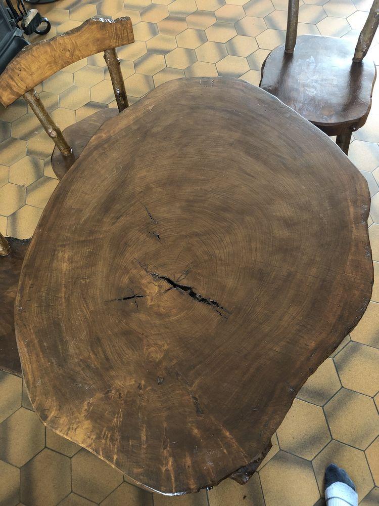 Table basse et 3 chaises  150 Bellignat (01)