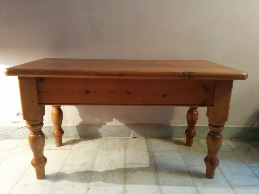 Table basse compagnie anglaise 70 Les Sablettes (83)