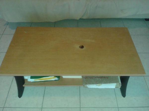 Achetez table basse 10 euros occasion annonce vente montauban 82 wb15075 - Table basse 50 euros ...