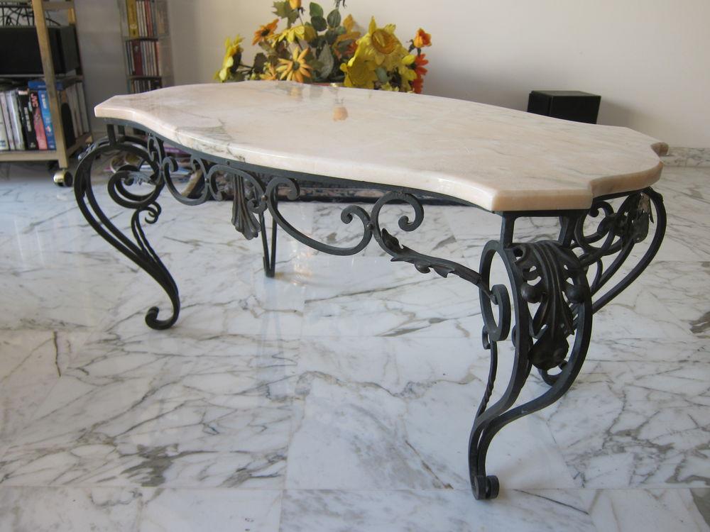 Table basse en fer forgé et marbre rose pièce unique 950 Nice (06)