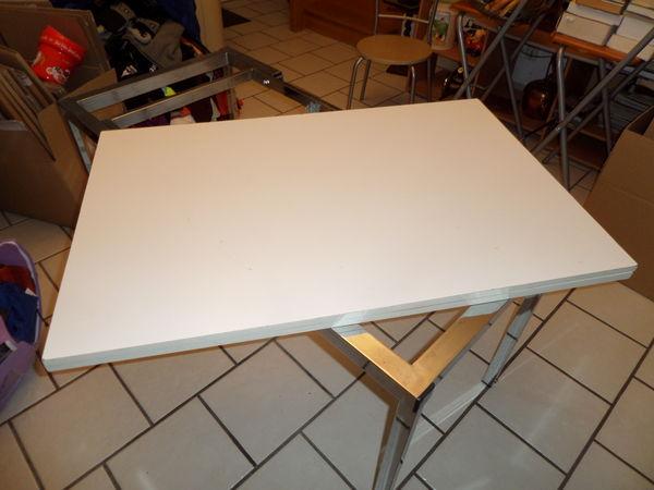 table basse et haute 120 Magny-le-Hongre (77)