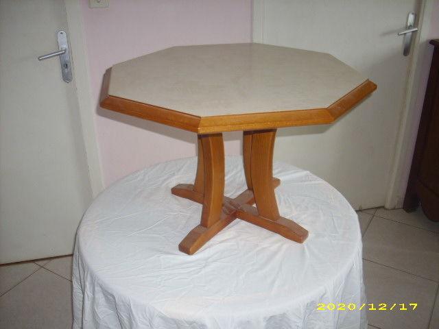 TABLE BASSE HEXAGONALE 30 Saint-Hilaire-des-Loges (85)