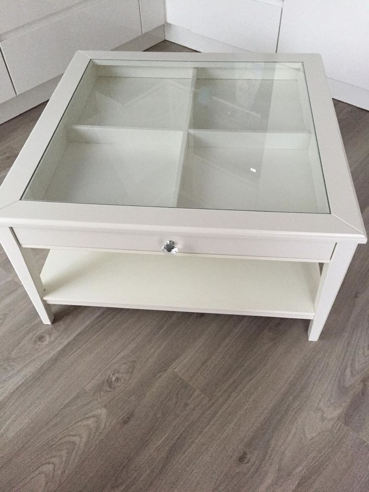Table basse ikea vitrée  100 Tourcoing (59)
