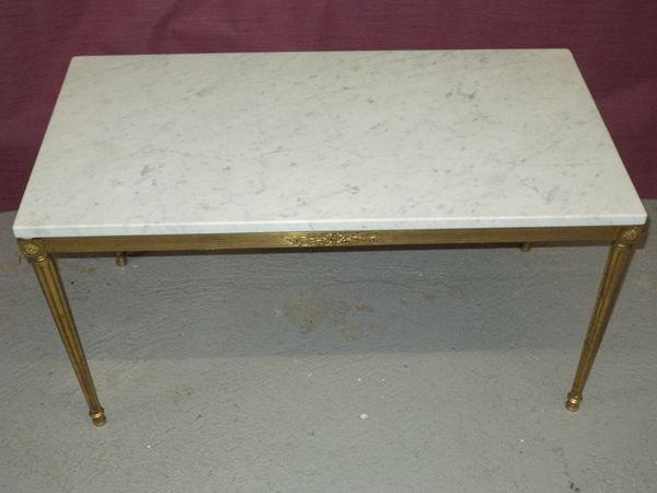 tables basses marbre occasion dans les yvelines 78 annonces achat et vente de tables basses. Black Bedroom Furniture Sets. Home Design Ideas