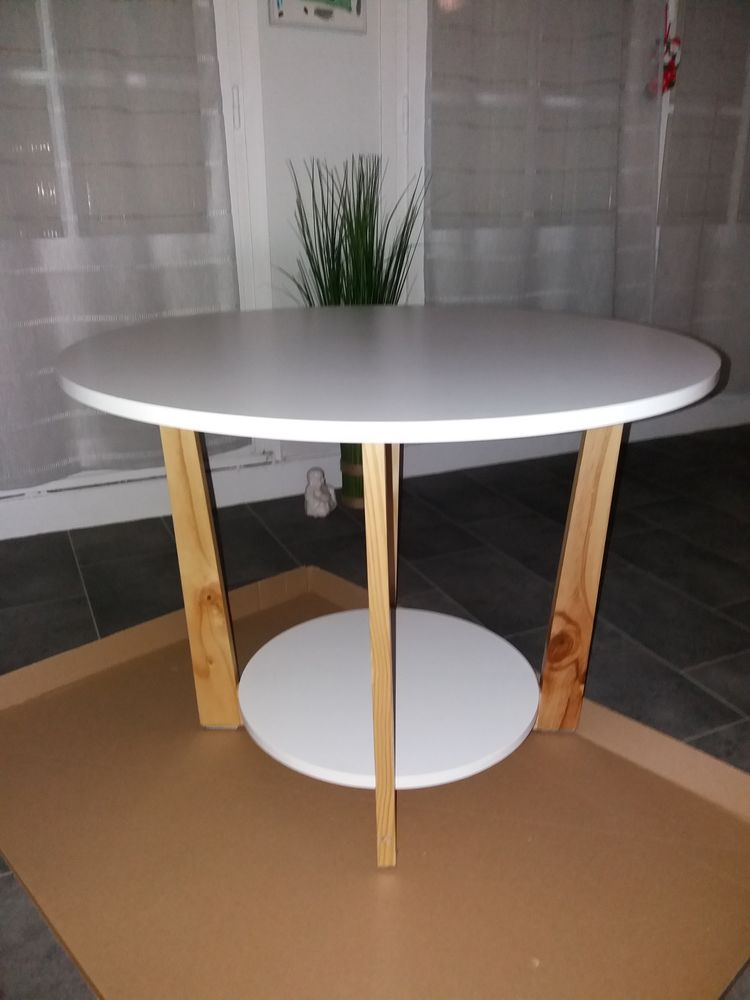 Table basse ronde 13 Soisy-sous-Montmorency (95)