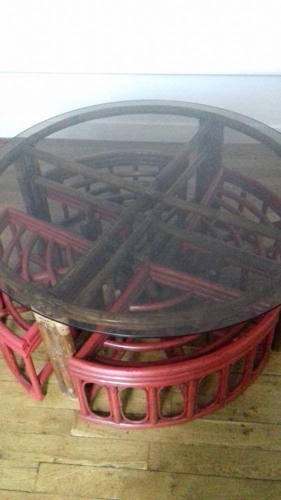 Table basse en rotin avec ses 4 tabourets gigogne 20 Tulle (19)