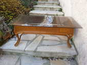 Table basse de salon, en rotin et plateau en verre fumé 15 Saint-Martin-des-Champs (78)