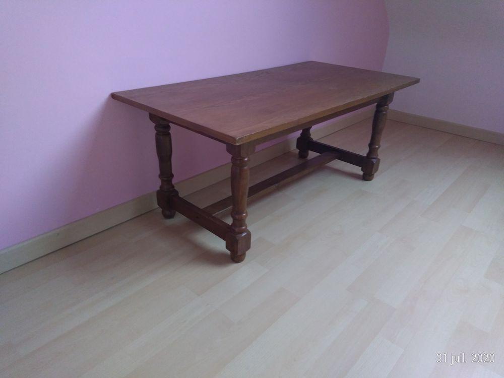 table basse salon 18 La Chapelle-des-Marais (44)