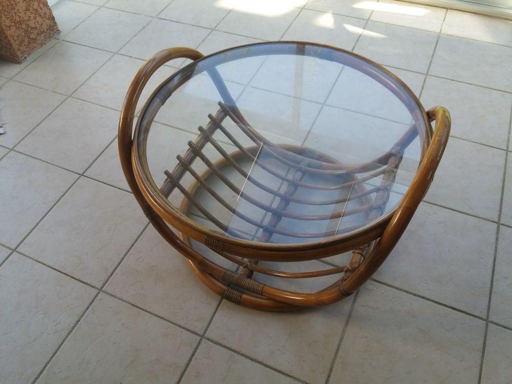 TABLE BASSE DE SALON EN ROTIN VINTAGE DIAM. 76 CM 80 Montélimar (26)