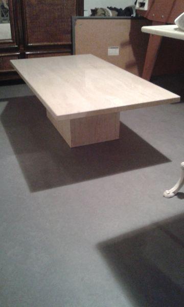achetez table basse en quasi neuf annonce vente caen 14 wb148301133. Black Bedroom Furniture Sets. Home Design Ideas