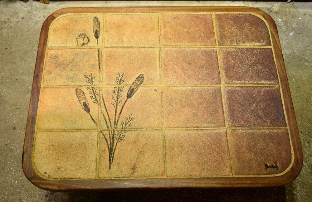 Table Basse type Rustique carrelée ancienne. Floral. Signé. 50 Roissy-en-Brie (77)